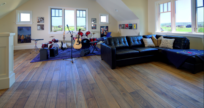Hickory Hardwood Floor - Chilliwack