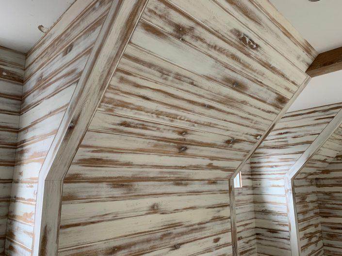 Artistic White Walls