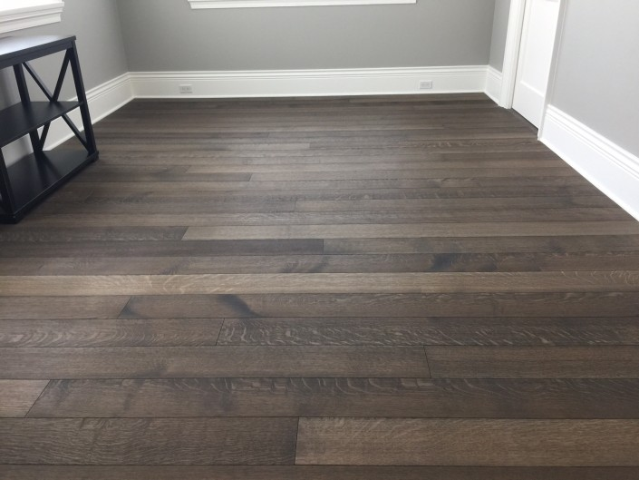 White Oak Rift and Quartered Hardwood Floor - Abbotsford