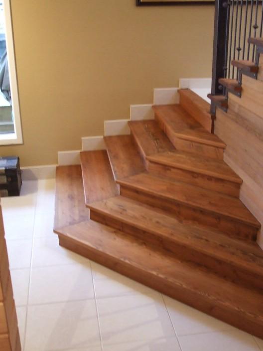 Douglas Fir Hardwood Stairs