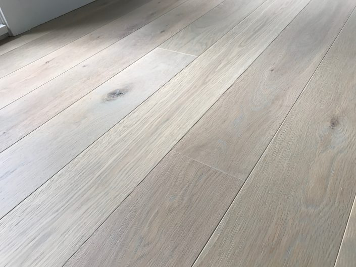 White Oak Character Hardwood Flooring - Vancouver