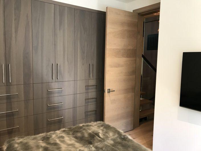 Mistral - Custom hardwood barn door